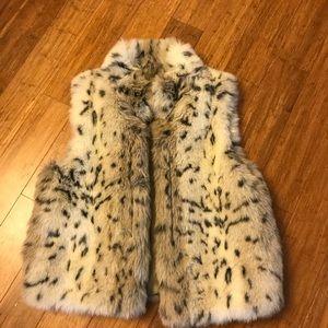 Valerie Stevens faux fur spotted vest.